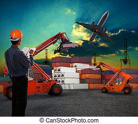ładunek, korzystać, ziemia, kontener, pracujący, gagat, przelotny, niebo, okrętowy, powietrze, handlowy, samolot, ciemny, zafrachtujcie dziedziniec, człowiek, logistyka, przewóz, nad