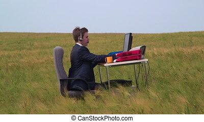 środek, pracujący, faktyczny, handlowa osoba, rozmowa telefoniczna