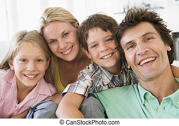 żyjący, uśmiechanie się, pokój, rodzina