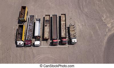-, ciężarówki, truteń, los, stać, parking, górny, hałas, prospekt