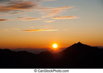 alpy, wschód słońca, północny
