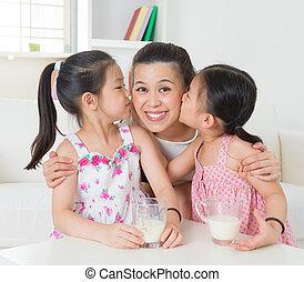 asian rodzina, kochający
