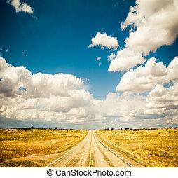 błękitny, wibrujący, wizerunek, niebo, szosa