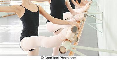 baleriny, balet, klasyczny, tancerze, taniec, nogi, klasa