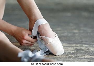balet, od, obuwie, wpływy, po, powtórka, spełnienie, albo