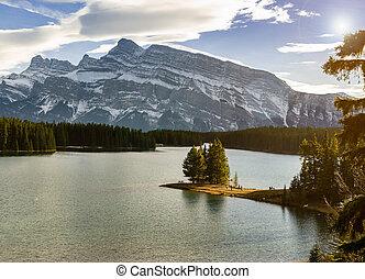 banff, park, alberta, krajowy, lewarek, jezioro, rundle, kanada, obsada, dwa