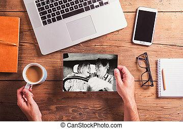 biuro, fotografia, biało-czarny, desk., obiekty, starsza para