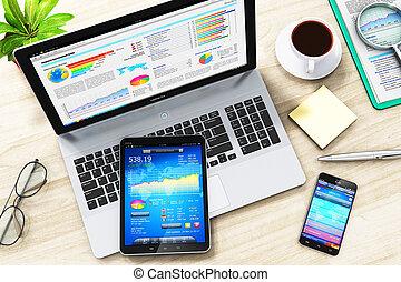 biuro, handlowy, laptop, tabliczka, work:, stół, smartphone