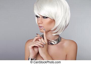 blond, hair., kobieta, piękno, szykowny, makeup., fason, odizolowany, style., moda, tło., hairstyle., do góry., krótki, szary, portrait., biały, fryzura, ustalać, girl.