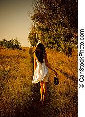 boso, obuwie, ręka, field., dziewczyna, strój, biały, tylny prospekt