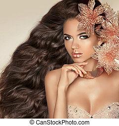 brunetka, dziewczyna, hair., falisty, pociągający, flowers., długi, piękny