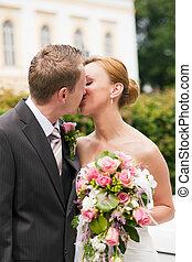 całowanie, park, ślub, -