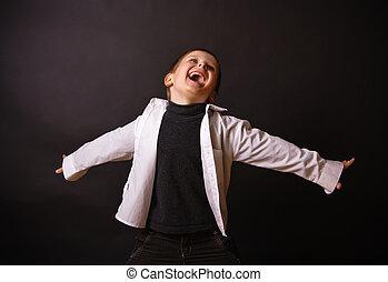 chłopiec, czarnoskóry, radosny, tło