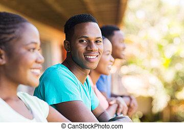 chłopiec, grupa, amerykanka, kolegium, afrykanin, przyjaciele