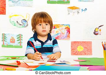 chłopiec, mały, szkicowanie
