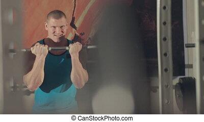 ciężki, sala gimnastyczna, praca, muskularny, barbell, bodybuilder, poza