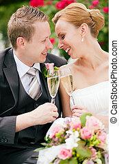 clinking, para, szampan, ślub, okulary