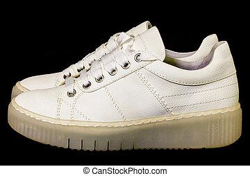 czarnoskóry, biały, sneakers