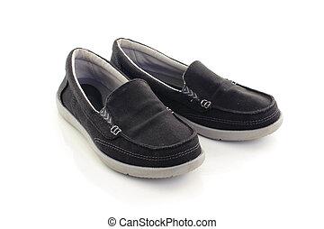 czarnoskóry, biały, sneakers, odizolowany, tło