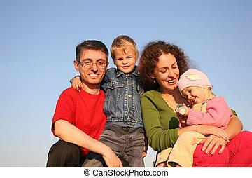 cztery, rodzina