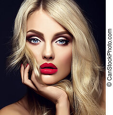 czuciowy, twarz, blond, blask, piękny, makijaż, wzór, portret, jasny, kędzierzawy, zdrowy, czerwony, jej, kobieta damy, włosy, dotykanie, czarne tło, usteczka