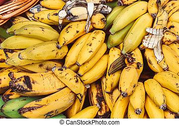 dojrzały, sfotografowany, grona, tropikalny, źródło, witaminy, owoc, styl życia, banany, żółty, banana., pojęcie, przejrzały, fruits., market., zdrowy
