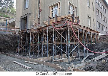 dom, rebuilding, fundacja