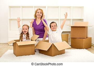 dom, szczęśliwy, ruchomy, nowy, ludzie