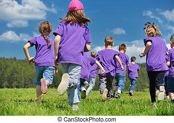 dzieciaki, szczęśliwy, zabawa, mieć, grupa, natura
