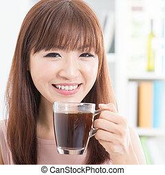 dziewczyna, cieszący się, kawa, asian
