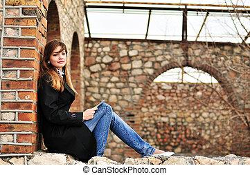 dziewczyna czytanie