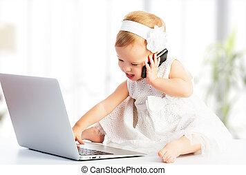 dziewczyna, ruchomy, niemowlę, telefon, komputer, laptop