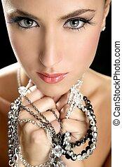 elegancki, kobieta, fason, pociągający, biżuteria