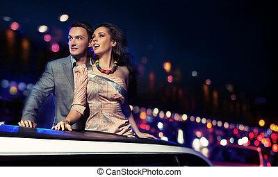 elegancki, para, limuzyna, podróżowanie, noc