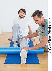 fizyczny, egzaminując, terapeuta, młody