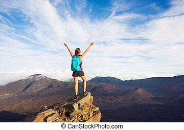 góra, kobieta, plecak, młody, herb, daszek, otwarty