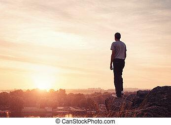 góra, sylwetka, zachód słońca, człowiek