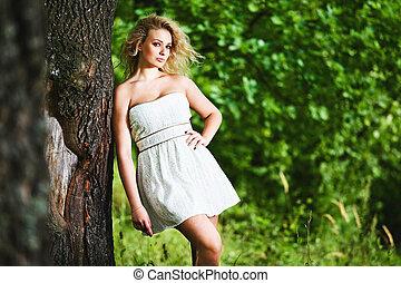 garden., kobieta, młody, fason, portret, czuciowy