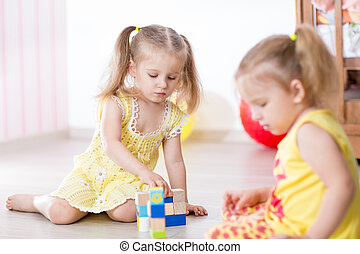 gra, dzieciaki, przyjaciele, razem