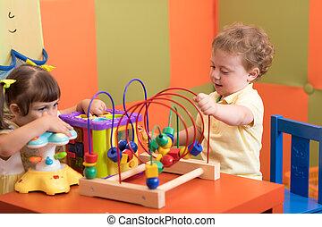 gra, pokój dziecinny, dzieci