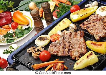 grill, różny, mięso, wołowina, warzywa, gotowy, grzyby, rożen