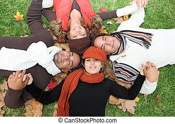 grupa, ludzie, młody, jesień, rozmaity, szczęśliwy