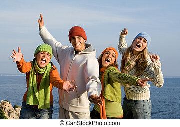 grupa, rozkrzyczany, wiek dojrzewania, uśmiechanie się, śpiew, albo, szczęśliwy