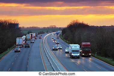 handel, ciężarówki, szosa