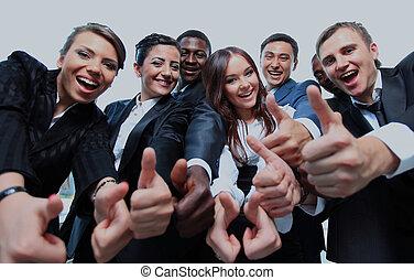 handlowy zaludniają, pomyślny, do góry, kciuki, uśmiechanie się