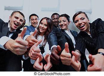 handlowy zaludniają, pomyślny, do góry, uśmiechnięty., kciuki