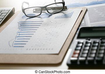 informuje, stół, zameldować, finansowy, dokumenty, wykresy, reports?, teamwork, paperwork, błękitny, wykresy, handlowy