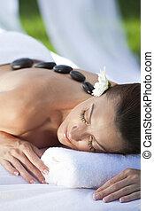 kamień, kobieta odprężająca, gorący, zdrowie, traktowanie, zdrój, posiadanie, masaż