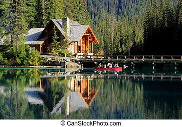 kanada, yoho, drewniany dom, narodowy park, jezioro, szmaragd