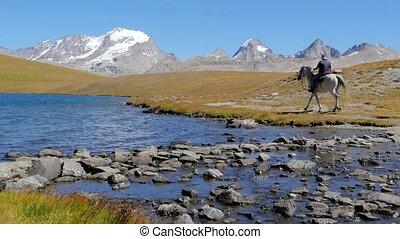 kawalerzysta, krajobraz, alpejski